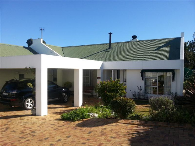 Property For Sale in Sonstraal, Durbanville 8