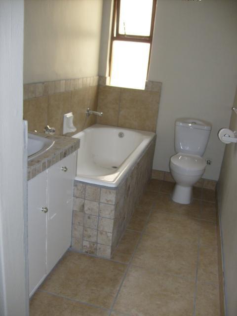 Property For Sale in La Rochelle, Bellville 5