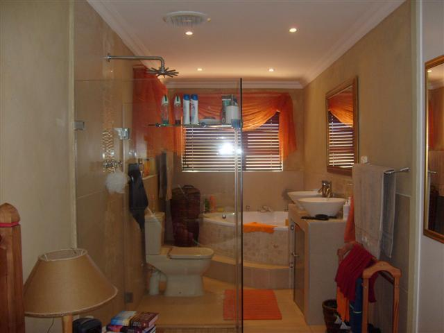 Property For Sale in Ridgeworth, Bellville 6