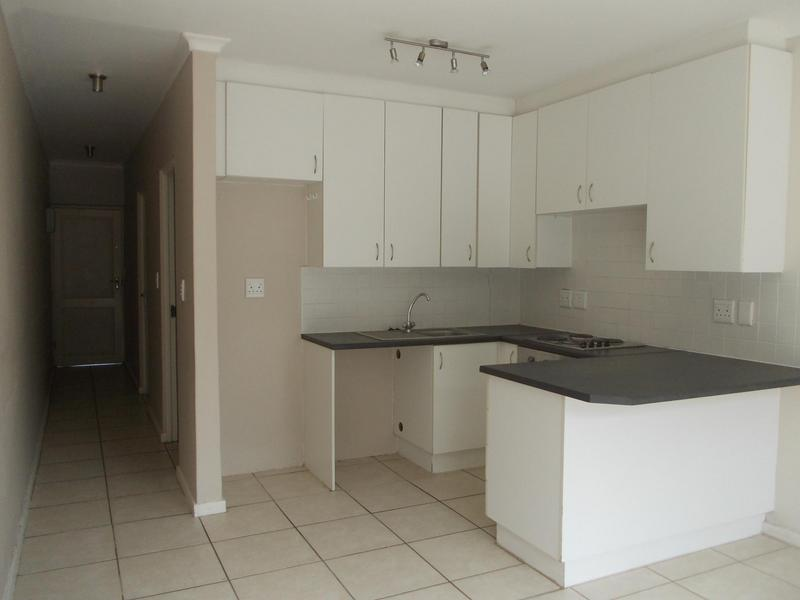 Property For Rent in Rosendal, Bellville 2