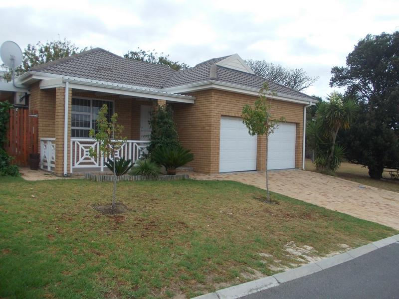 Property For Rent in Loevenstein, Bellville 1