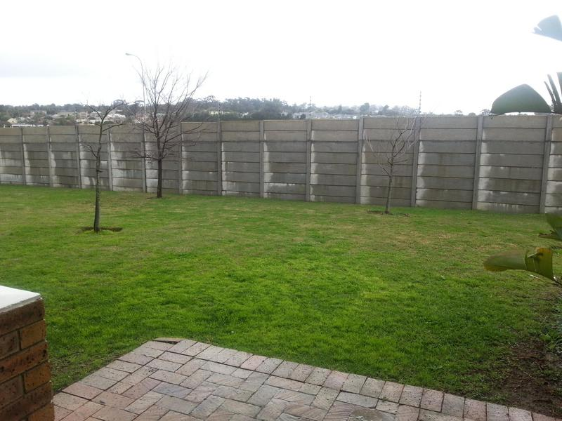 Property For Rent in The Crest, Durbanville 4
