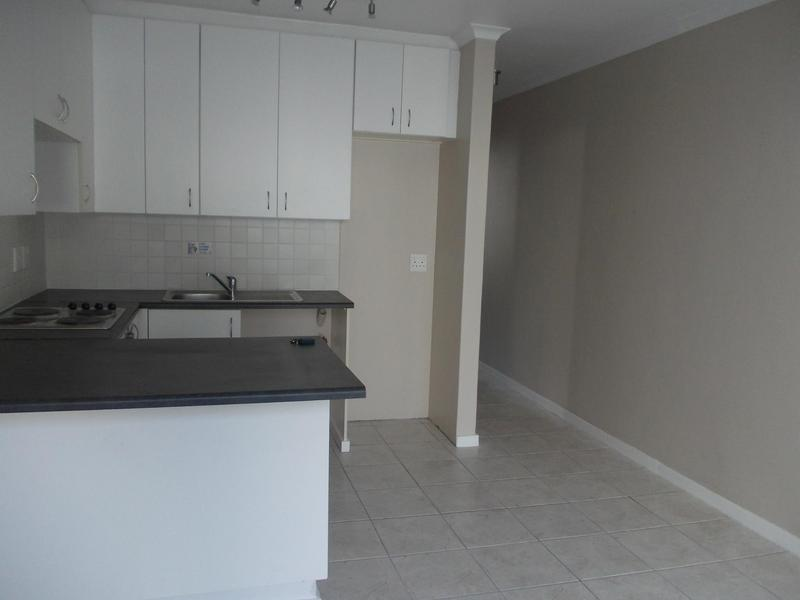 Property For Rent in Rosendal, Bellville 6