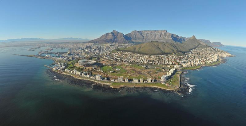 Property For Rent in Sea Point, Cape Town 2