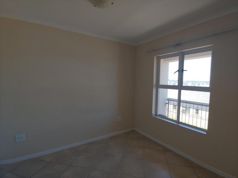 Property For Rent in Buh-rein, Cape Town 4