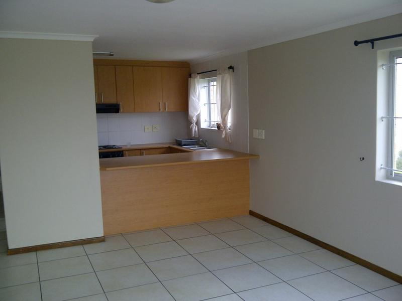 Property For Rent in Protea Heights, Brackenfell 11