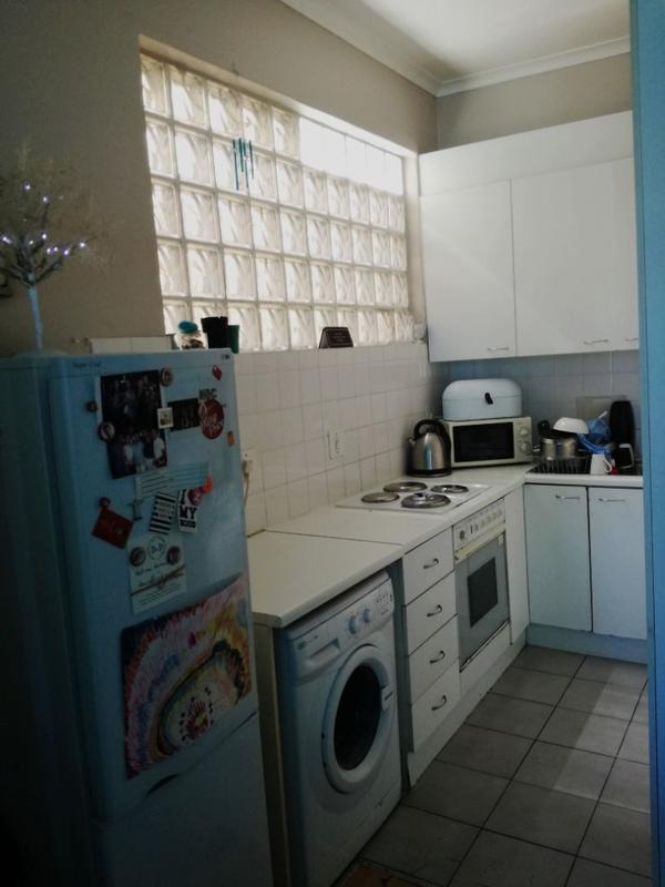 Property For Rent in Sea Point, Cape Town 3