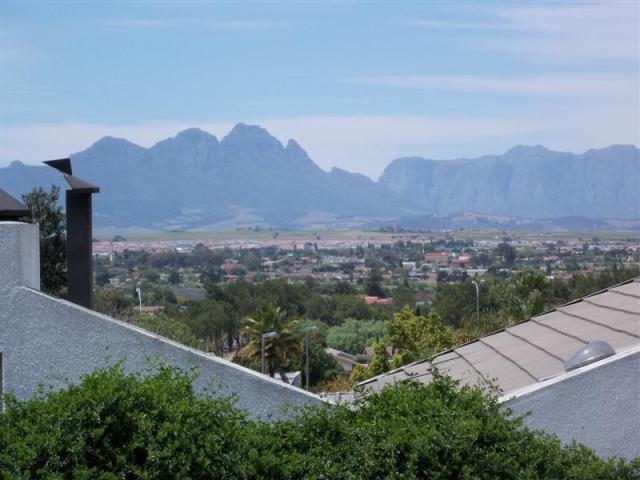 Property For Sale in Kraaifontein, Kraaifontein 2