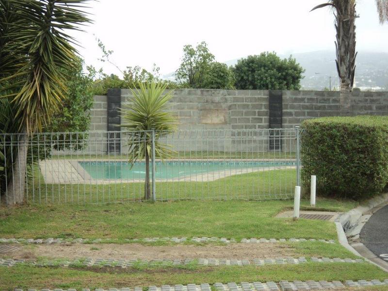 Property For Rent in Chrismar, Bellville 3