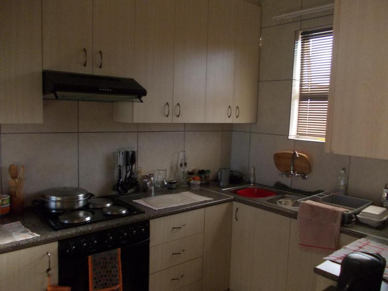 Property For Rent in Blomtuin, Bellville 4