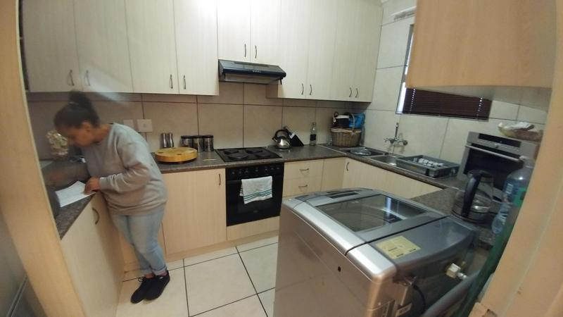 Property For Rent in Blomtuin, Bellville 9