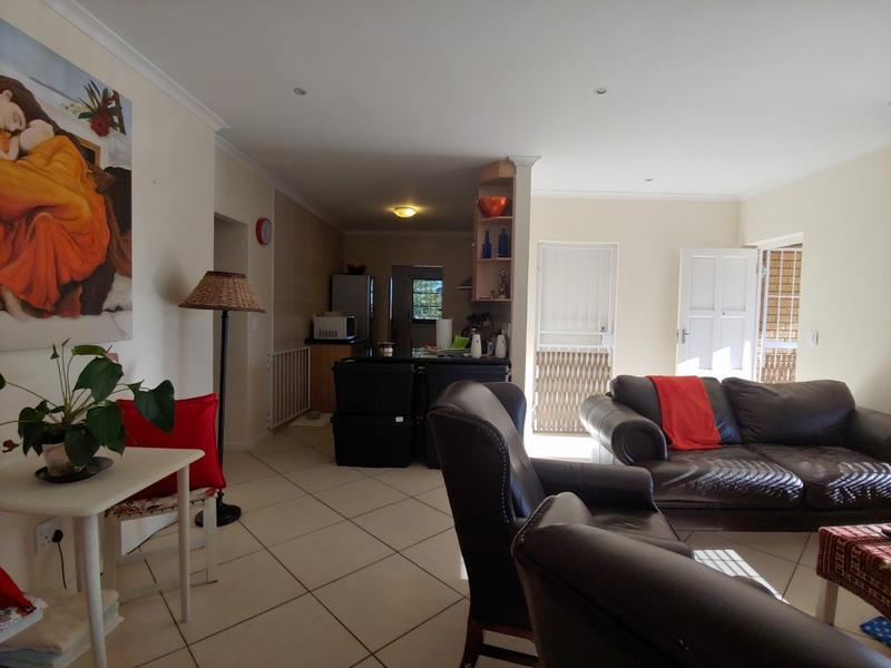 Property For Rent in Oostersee, Parow 6