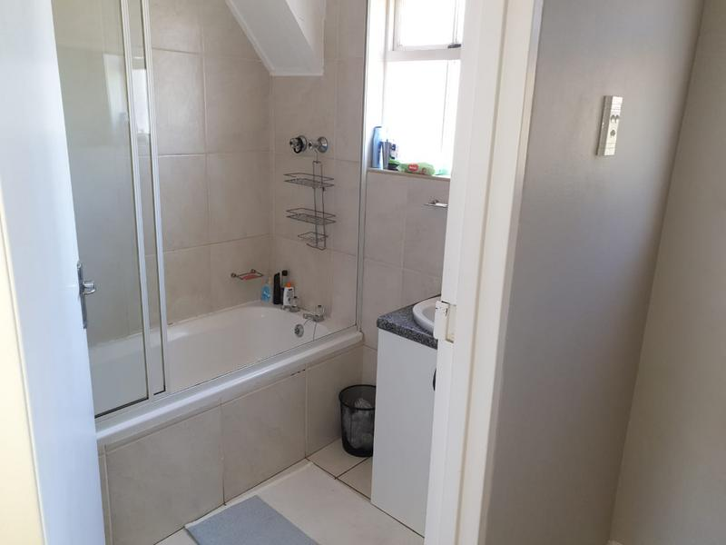 Property For Rent in Sonstraal Heights, Durbanville 11