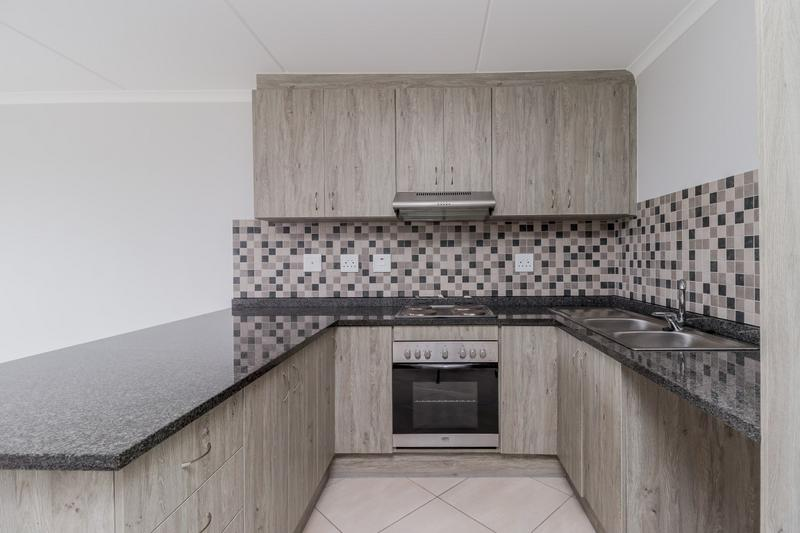 Property For Rent in Buh-rein, Cape Town 9