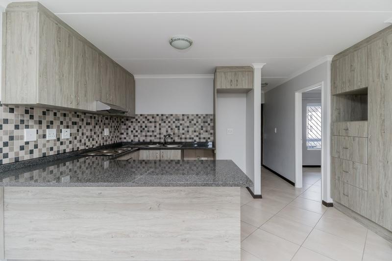 Property For Rent in Buh-rein, Cape Town 10