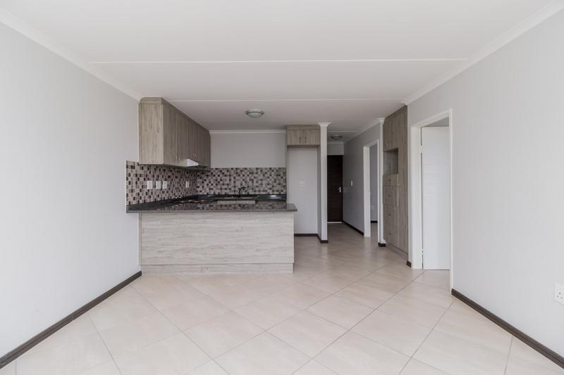 Property For Rent in Buh-rein, Cape Town 11
