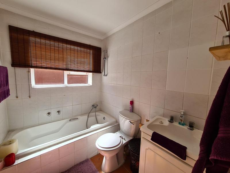 Property For Rent in Uitzicht, Kraaifontein 11