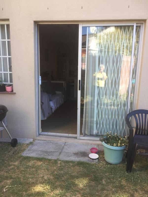 Property For Rent in Oakglen, Bellville 18