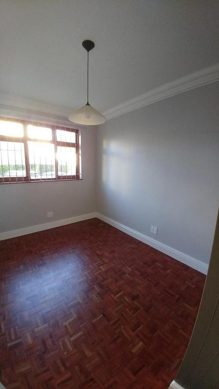 Property For Rent in Rosebank, Cape Town 11
