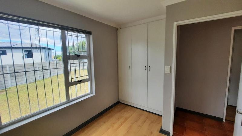 Property For Rent in Protea Heights, Brackenfell 9