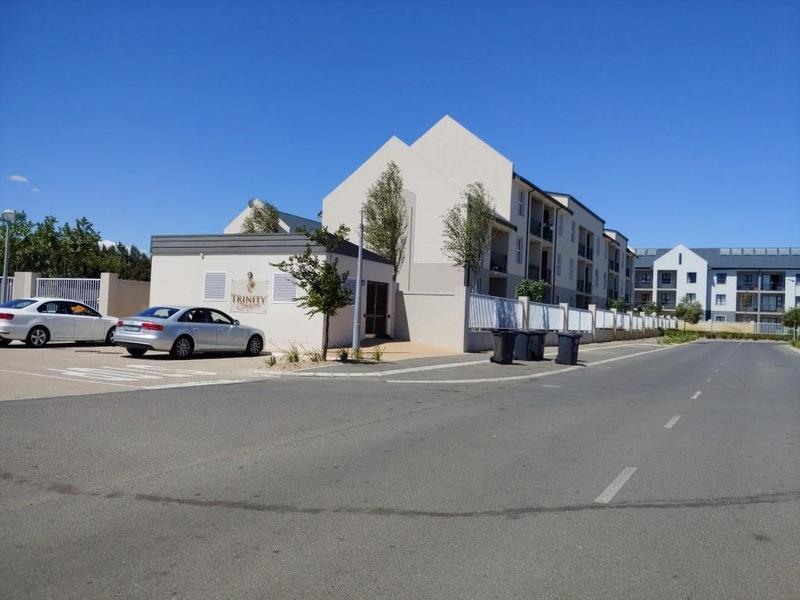 Property For Rent in Buh-rein, Cape Town 1