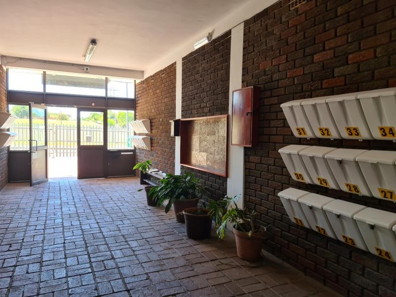 Property For Rent in Bloemhof, Bellville 4