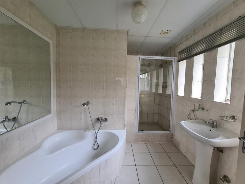 Property For Sale in Welgemoed, Bellville 15