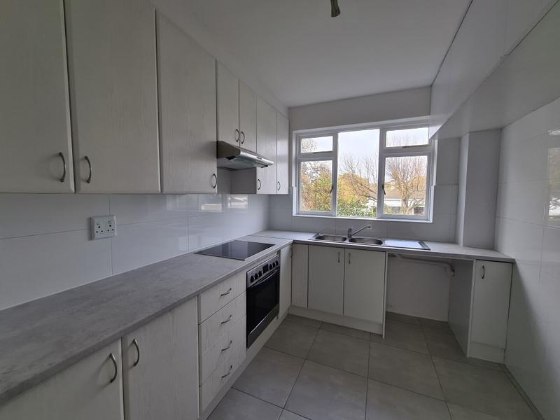 Apartment / Flat For Sale in Rosebank, Cape Town
