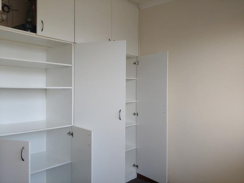 Apartment / Flat For Rent in Bloemhof, Bellville