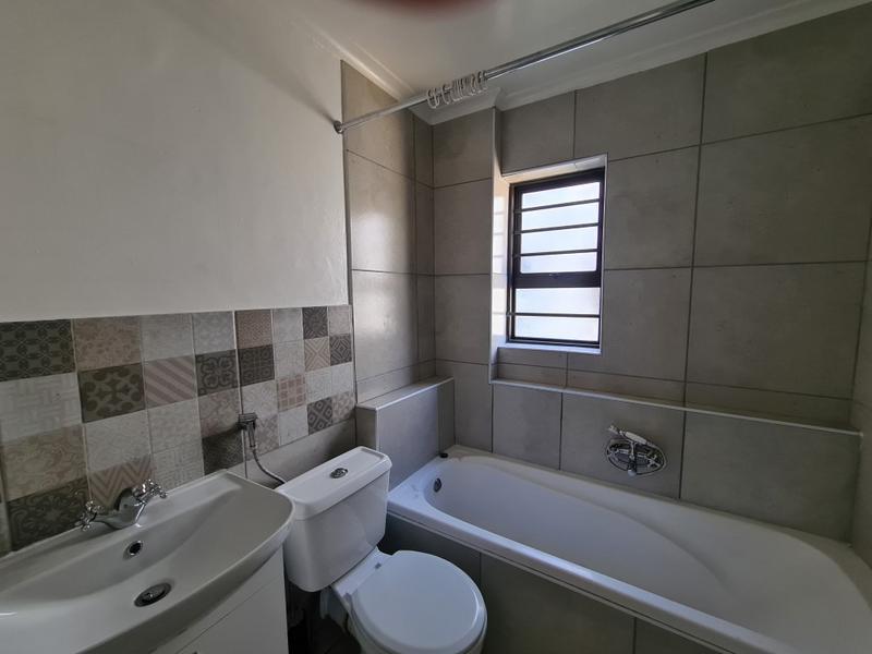 Apartment / Flat For Rent in Parow, Parow